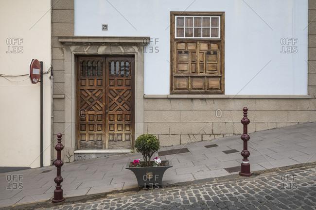 Building detail in Calle carrera del escultor estevez, la orotava, tenerife, canary islands, Spain