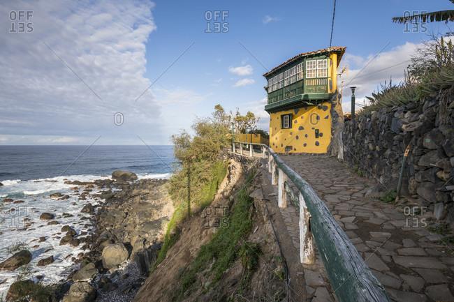 Traditional house on the coastal hiking trail from san Juan de la rambla to los realejos on the north coast, atlantic ocean, tenerife, canary islands, Spain
