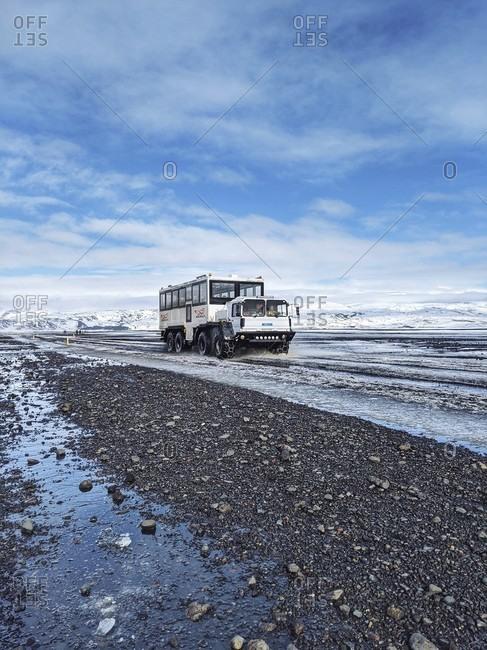 March 13, 2020: shuttle service to the dc-3 plane wreck on sólheimasandur, iceland