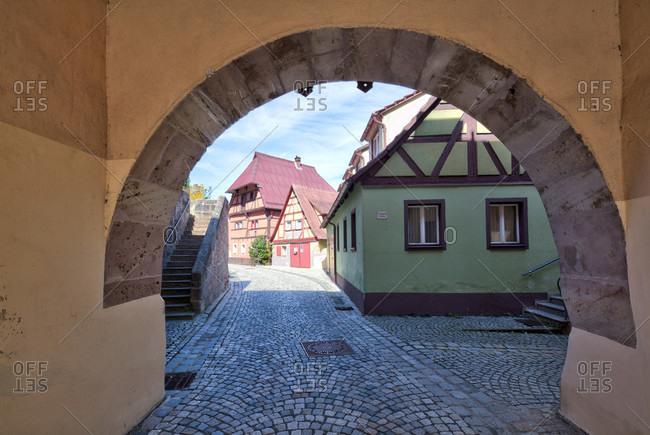 Gate building, färbergasse, altes schulhaus, historical tour, pfrundehaus, wolfram-eschenbach, franconia, Bavaria, Germany