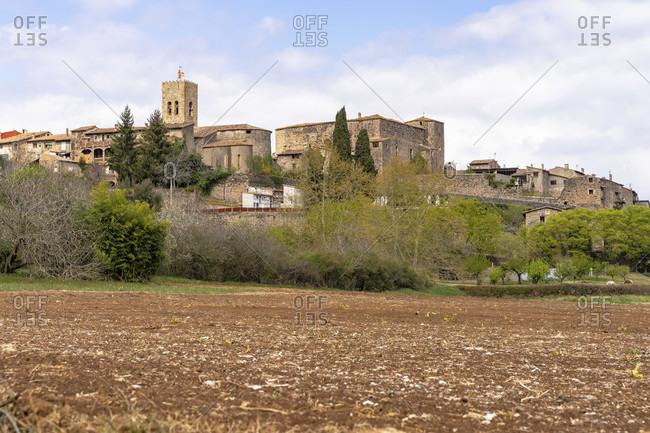 Europe, spain, catalonia, girona province, garrotxa, view of the historic center of santa pau