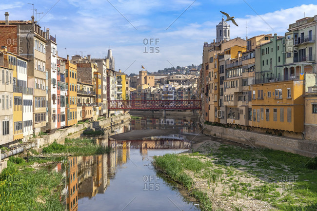 Europe, spain, catalonia, girones, girona, old town, view of the colorful house facades of the jewish quarter on the onyar river