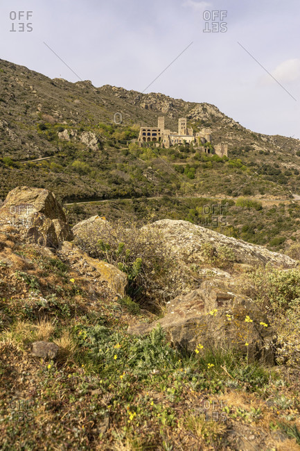Europe, spain, catalonia, girona, alt emporda, port de la selva, view of the benedictine monastery of sant pere de rodes in the barren hinterland of the costa brava