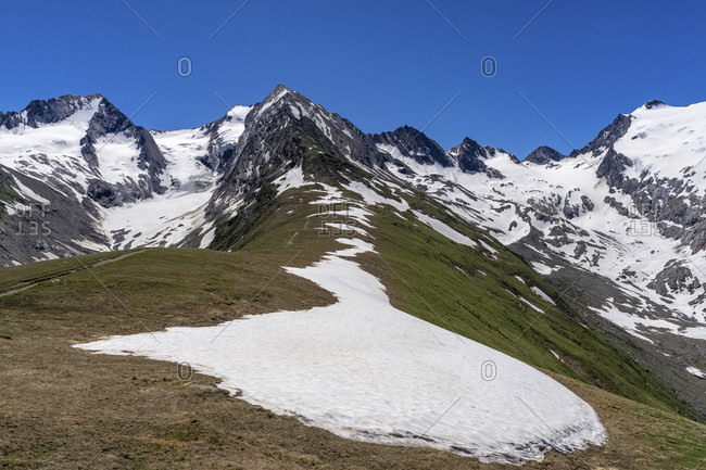 Europe, austria, tyrol, otztal alps, otztal, view over the mutsattel to the gaisbergferner and the rotmoosferner
