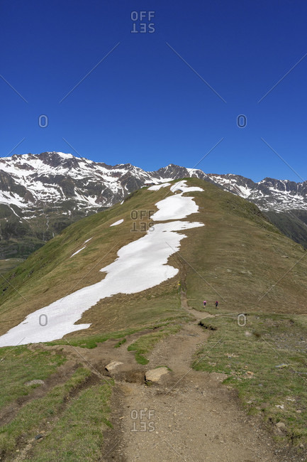 Europe, austria, tyrol, otztal alps, otztal, view over the mutsattel back to the hohe mut