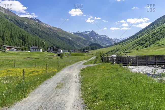 Europe, austria, tyrol, otztal alps, otztal, forest path along the gurgler ache towards obergurgl