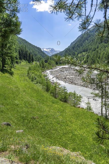 Europe, austria, tyrol, otztal alps, otztal, view of the idyllic high valley between zwieselstein and the sahnestuberl