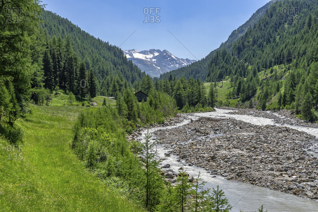 Europe, austria, tyrol, otztal alps, otztal, view of the idyllic high valley between zwieselstein and the sahnestuberl