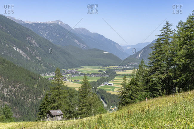 Europe, austria, tyrol, otztal alps, otztal, view from the burgstein plateau to the otztal valley basin around längenfeld as far as winklen
