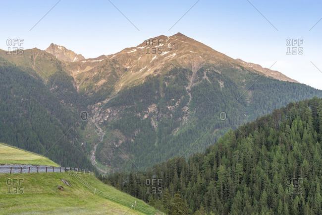 Europe, austria, tyrol, otztal alps, otztal, last rays of sunshine on the peaks in niederthai