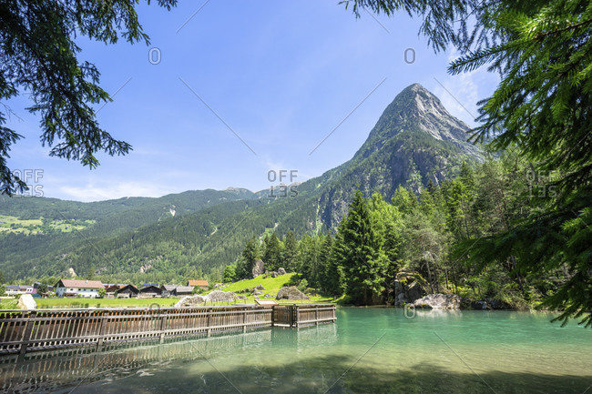 Europe, austria, tyrol, otztal alps, otztal, habicher see against mountain backdrop