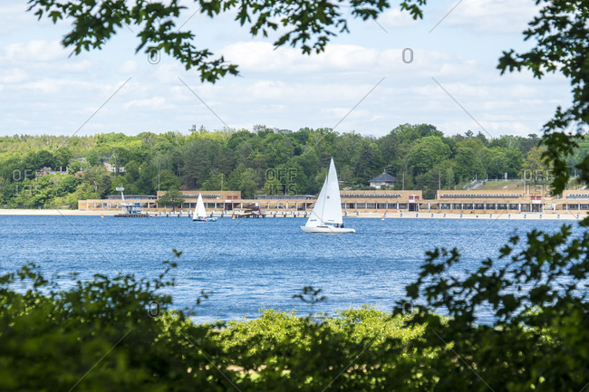 Berlin, Wannsee, view to the Wannsee lido, sailing boat