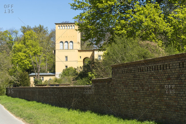 Berlin, Wannsee, Glienicke Palace, Hofgartnerhaus, Mauerweg