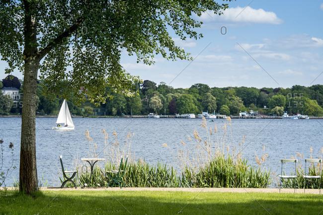 Berlin, Wannsee, garden of the Liebermann Villa, lake view, sailing boat