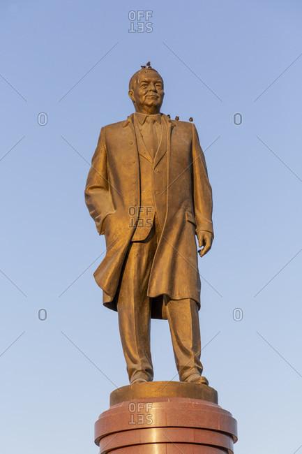 August 22, 2019: Islom Karimov, statue, Samarkand