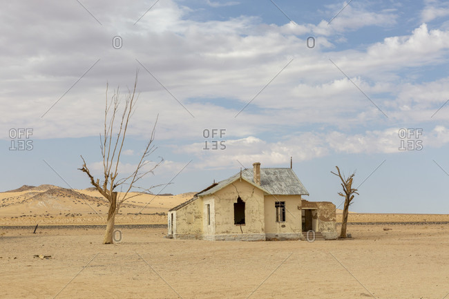 Abandoned house in the Namib, Garub
