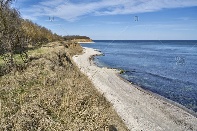 To the northeast of the village of Durankulak is the Anna Maria beach that continues up to Sivriburun and the Bulgaria-Romania border. The beach is wide, not crowded and offers unforgettable beach experience.