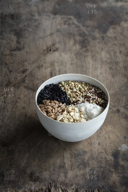Bowl with different types of grains