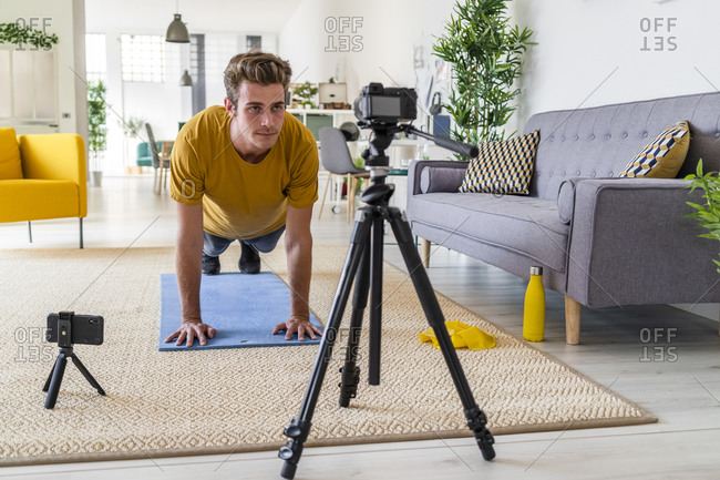 Personal trainer live stream fitness exercise at home