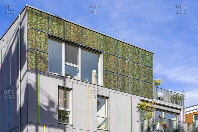 Germany- Baden-Wurttemberg- Tubingen- Modern energy efficient apartment building in Lustnau quarter