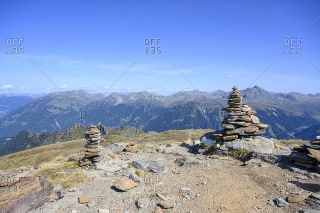 Austria, montafon, gaschurn, versettlagipfel (2372 m) with stone men.