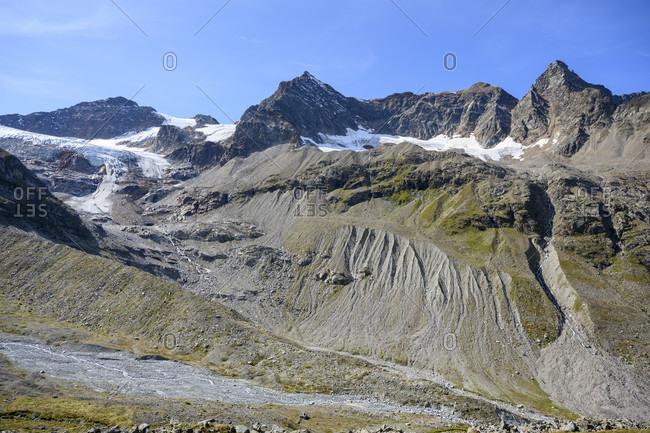 Austria, montafon, ochsentaler glacier with the ill ursprung (illquelle).