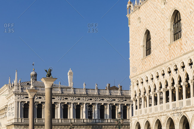 St. mark's square with biblioteca nationale marciana, column with st. mark's lion and doge's palace, venice, veneto, italy