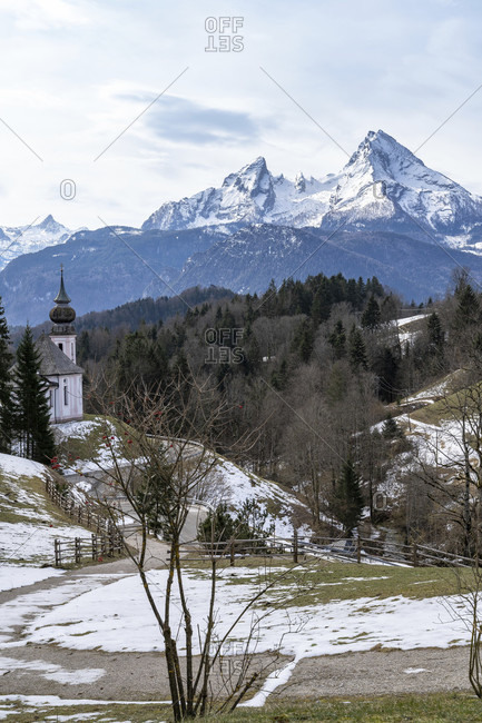 Europe, Germany, bavaria, bavarian alps, berchtesgadener land, berchtesgaden, view of the maria gern pilgrimage church and the watzmann massif