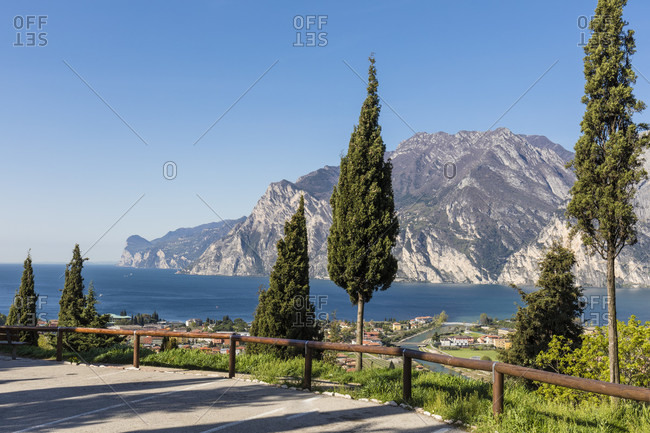 Viewing point with a view of lake garda and the steep bank of the west side, torbole, lake garda, trentino-south tyrol, italy