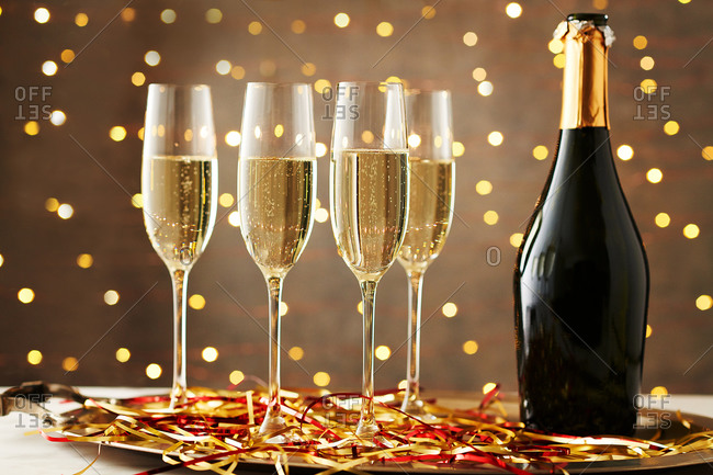 Flutes of Champagne for the Holidays