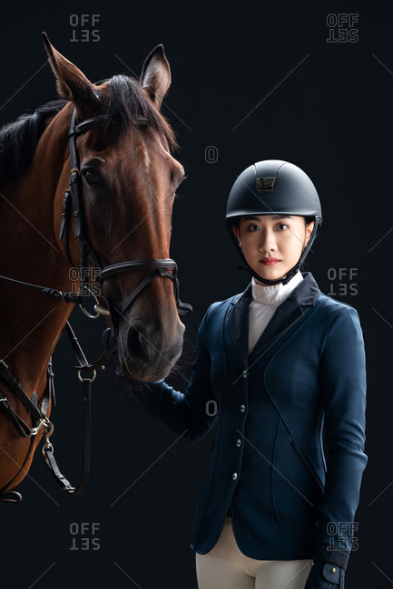 The horse image of the handsome young woman