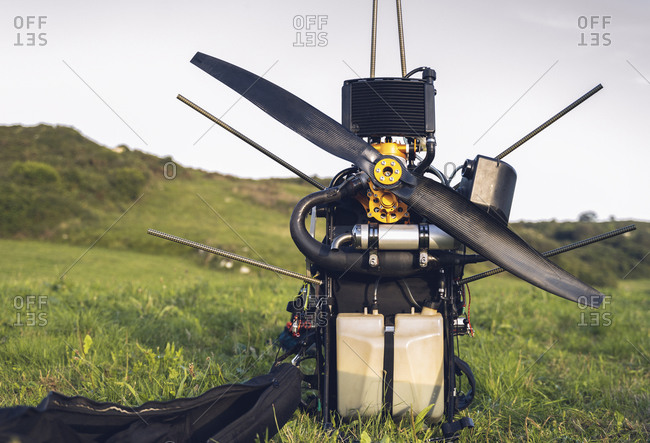 Engine Paramotor for powered paragliding.
