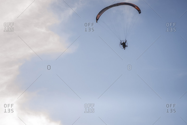 Pilot powered paragliding flying in Asturies Pilot powered parag