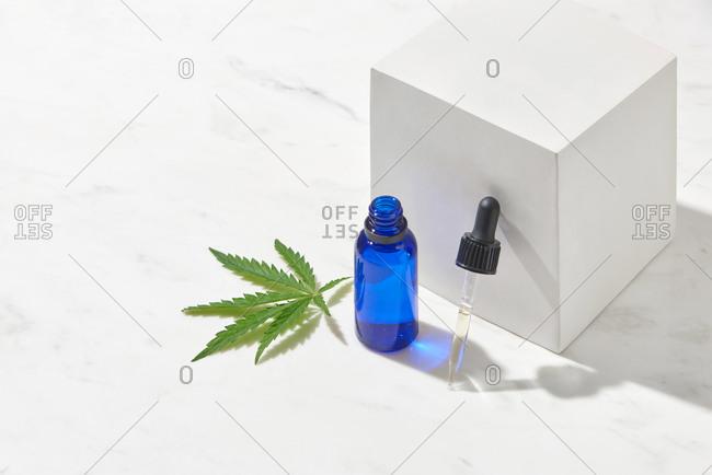 Marijuana CBD oil made from natural ingredients.