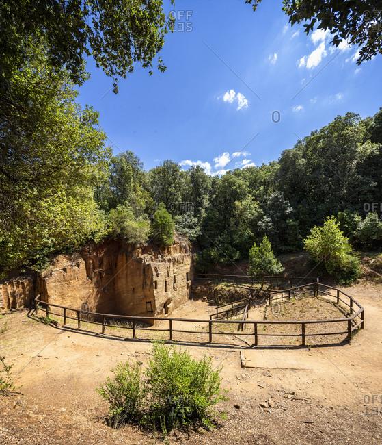 Italy, Toscana (Tuscany), Piombino . Parco Archeologico (Archaeological Park) di Baratti e Populonia, Necropoli (Necropolis) delle Grotte