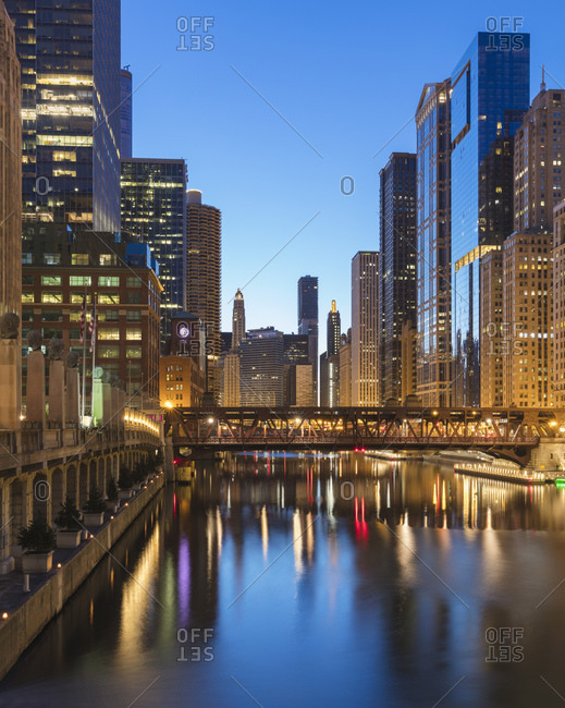 Wells Street Bridge over Chicago River in City at dusk- Chicago- USA