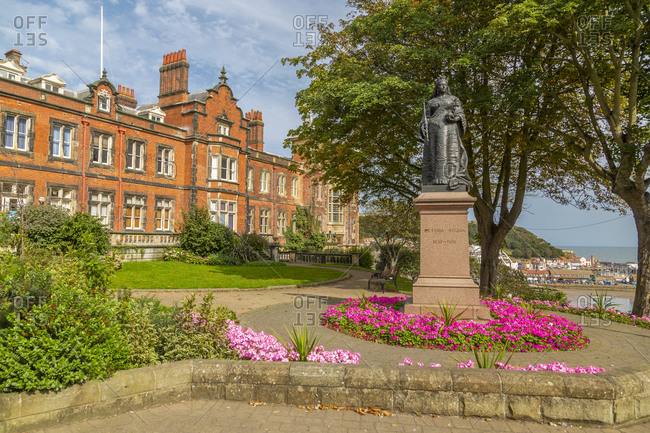 September 18, 2020: View of Queen Victoria statue and council building, Scarborough, North Yorkshire, Yorkshire, England, United Kingdom, Europe