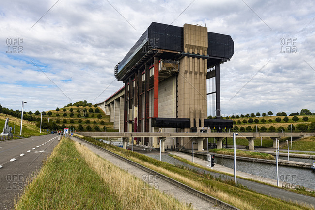 Strepy-Thieu boat lift, one of the worlds largest boat lifts, Canal du Centre, La Louviere, Belgium, Europe