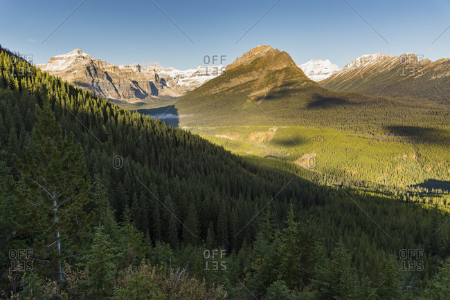 View of Mount Bell and Vista Lake from the Arnica Lake Trail, Banff National Park, UNESCO World Heritage Site, Alberta, Canadian Rockies, Canada, North America