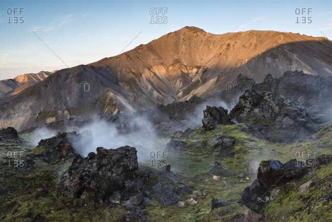 Steaming geothermal vents, Mount Brennisteinsalda, Fjallabak, Interior of Iceland