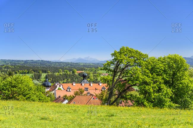 Germany, bavaria, upper bavaria, tiler land, eurasburg, eurasburg castle against wendelstein