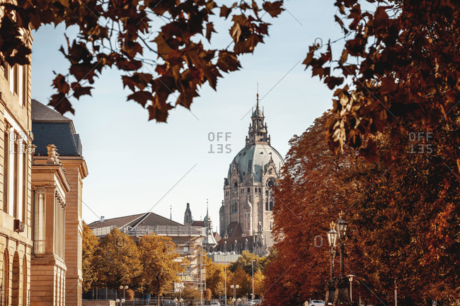 Autumn view of the new hanover city hall, seen from the hohe ufer in the old town