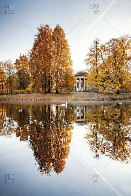 Herrenhausen gardens hanover and leibniz temple in autumn