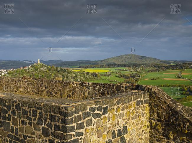 Europe, germany, hesse, wettenberg, giessener land, lahn-dill-kreis, lahn-dill-bergland nature park, gleiberg castle, view to the west to vetzberg castle