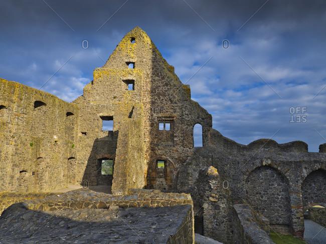 Europe, germany, hesse, wettenberg, giessener land, lahn-dill-kreis, lahn-dill-bergland nature park, gleiberg castle, west wing of meerenberger bau