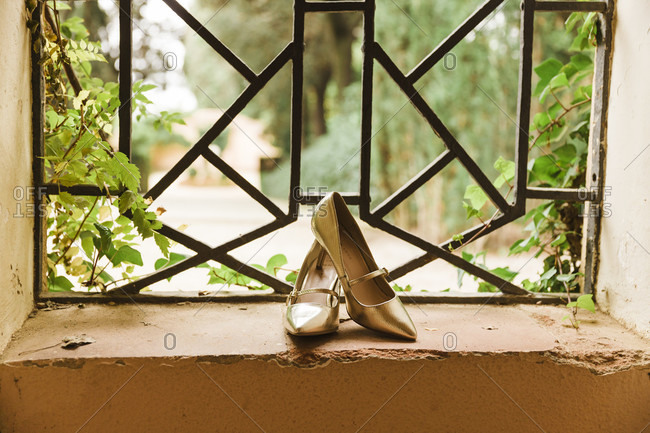 Wedding, shoes, windows, gold, in the middle