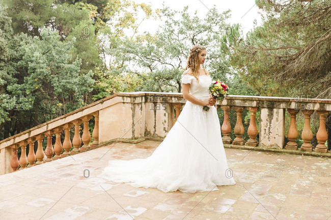 Bride, wedding, garden, young woman, wedding dress, stairs, landscape format