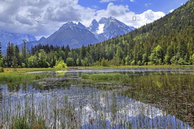 Taubensee against the hochkalter (2607m), ramsau bei berchtesgaden, berchtesgadener land, upper bavaria, bavaria, germany