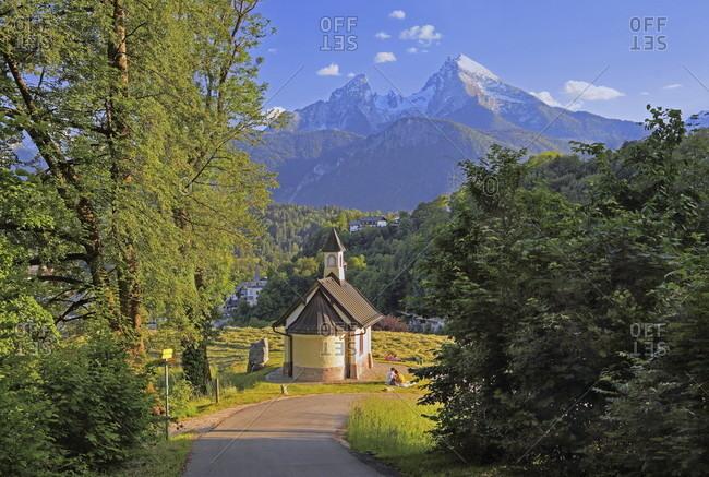 Kirchleitn chapel against the watzmann (2713m), berchtesgaden, berchtesgadener land, upper bavaria, bavaria, germany