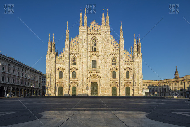 April 11, 2020: Italy, Lombardy, Piazza Duomo, Milan Cathedral